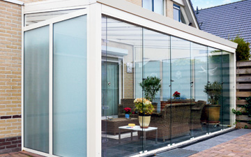 Polycarbonate Walls with Sliding Doors